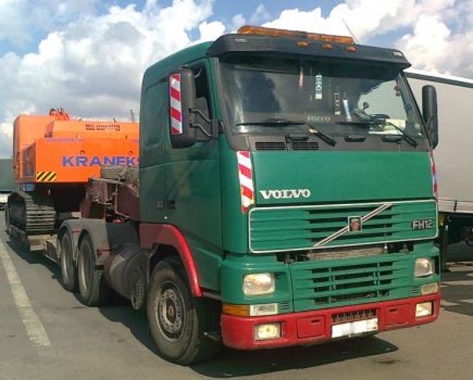 Тяжеловесные грузы и возмещение ущерба дорогам при их перевозке